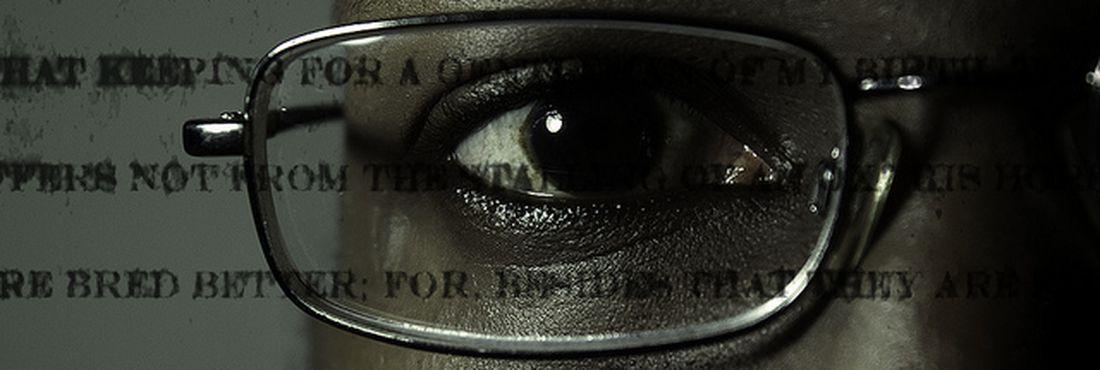 eea08a8bb7 EBC | Conheça a história da invenção dos óculos