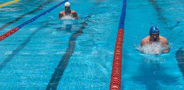 Natação, esporte, piscina