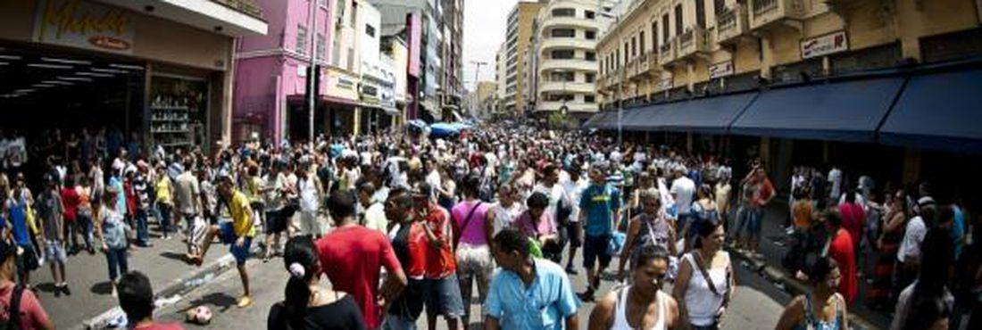 Estado mais populoso do país, São Paulo, tem 44,03 milhões de habitantes