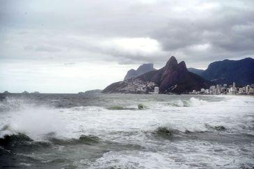 Poeta e jornalista Christovam de Chevalier abre exposição poética no Rio