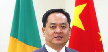 Sr. Li Jinzhang, Embaixador Extraordinário e Plenipotenciário da China