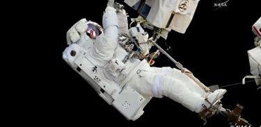 Futurando mostra como é possível sobreviver no espaço