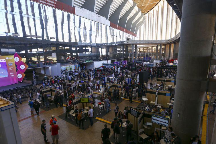 A terceira edição da Campus Party Brasília continua até domingo (23), no Estádio Mané Garrincha.