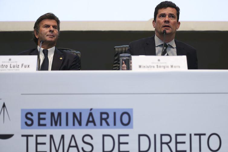 Os ministros do Supremo Tribunal Federal, Luiz Fux e da Justiça e Segurança Pública, Sergio Moro, participam do seminário Temas de Direito e Economia.