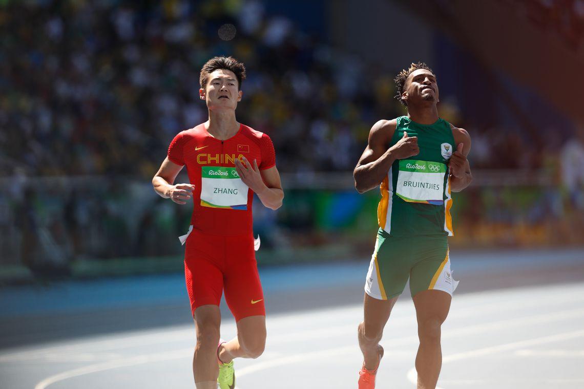 Rio de Janeiro - Rodada classificatória na prova de 100 metros rasos de atletismo dos Jogos Rio 2016, no Estádio Olímpico (Fernando Frazão/Agência Brasil)