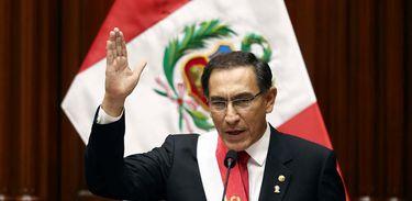 Presidente do Peru, Martín Vizcarra, anuncia, no Congresso do país, um referendo para reforma do sistema judiciário no país