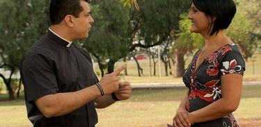 Padre Christian Shankar e Roseann Kennedy