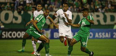 Chapecoense 1 x 1 Fluminense