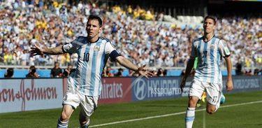 Argentina vence o Irã por 1 a 0 (Jon Super/AP/Direitos Reservados)