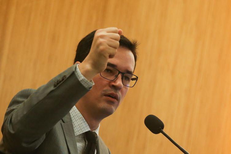 Brasília - Procurador Deltan Dallagnol em palestra no UniCeub sobre Democracia, Corrupção e Justiça: Diálogos para um País Melhor  (José Cruz/Agência Brasil)