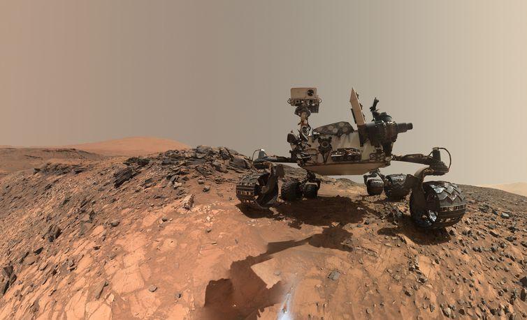 O veículo rover Curiosity completa quatro anos explorando a superfície de Marte neste sábado, dia 6 de agosto