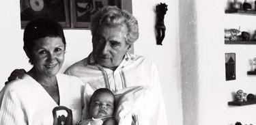 Zélia Gattai e Jorge Amado com o neto Bruno Amado