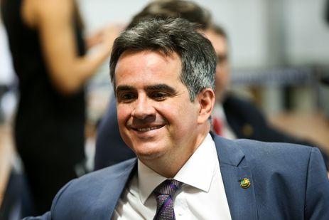 Brasília - O senador Ciro Nogueira, autor do projeto  de lei que dispõe sobre a exploração de jogos de azar em todo o território nacional, durante sessão da CCJ Senado (Marcelo Camargo/Agência Brasil)