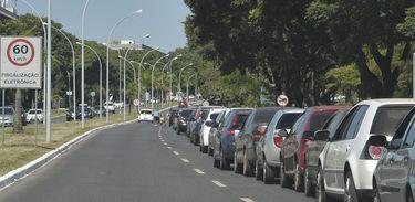 Dia da Liberdade de Impostos, posto de Brasília oferece gasolina a R$ 1,98(Antônio Cruz/Agência Brasil)