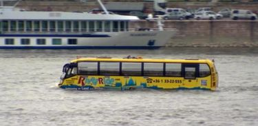 Camarote 21 - Ônibus anfíbio