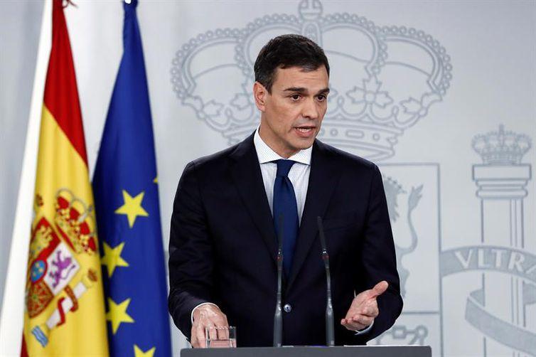 O novo primeiro-ministro espanhol Pedro Sánchez, ao anunciar seu novo governo