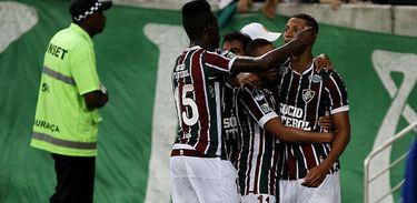 Henrique Dourado e Richarlison marcaram os gols do Fluminense