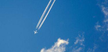 A Organização Internacional da Aviação Civil (Icao) adota novo padrão para emissões de dióxido de carbono (CO2) por aeronaves