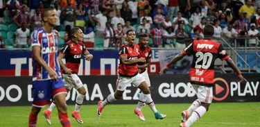 Berrío marcou o gol da vitória do Flamengo