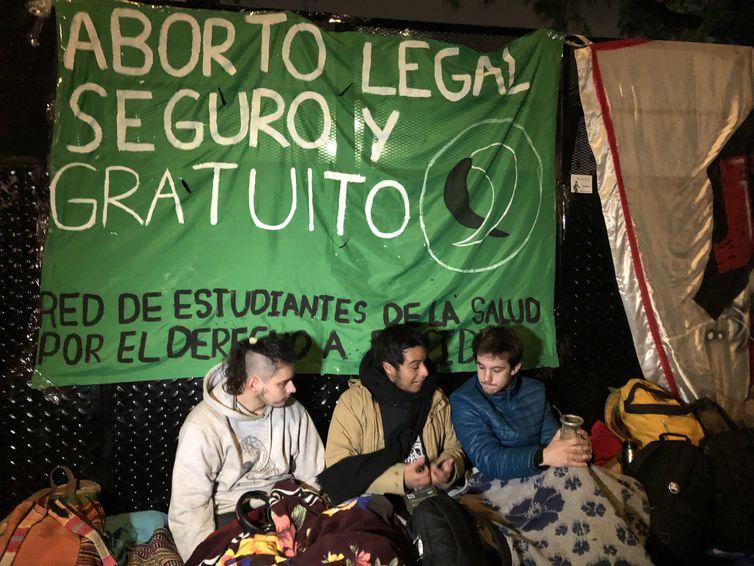 - Argentinos acompanham votação da Lei do Aborto -  strong  Monica Yanakiev/Agência Brasil  /strong