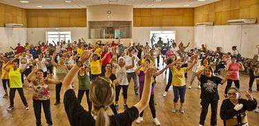 idosos, idosos exercitando, exercício, atividade