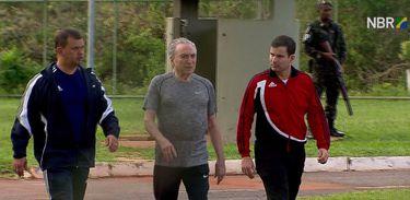 Brasília - Presidente Michel Temer faz caminhada no Palácio do Jaburu (Divulgação - TV NBr)