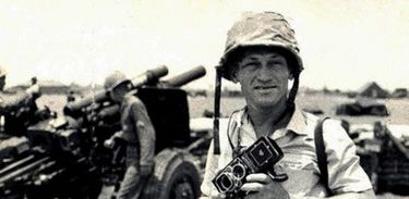 Fotógrafo Gervásio Baptista na Guerra do Vietnã (foto: arquivo pessoal)