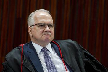 Brasília: O ministro do Tribunal Superior Eleitoral (TSE), Edson Fachin, durante sessão plenária para análise de embargos de declaração em representação, recursos ordinários e recursos especiais eleitorais referentes às Eleições 2018.  (Foto: