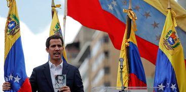 """Bolsonaro teme transição de poder """"não pacífica"""" na Venezuela"""