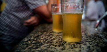 Dirigir embriagado ainda é uma das maiores causas de acidentes no Brasil