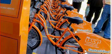 Estação de bicicletas (Foto: Marcos Santos/USP Imagens)