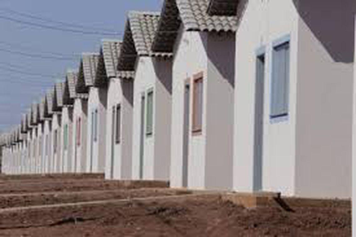 Governo entrega conjunto habitacional em Araguaína (TO)