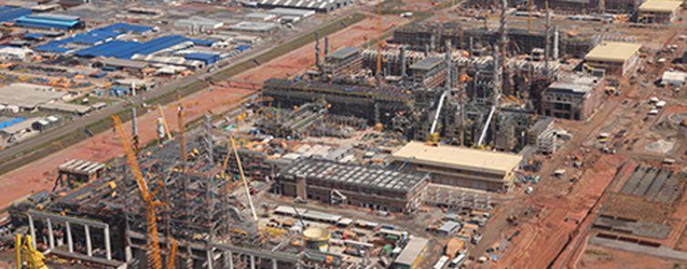 A parceria permitirá refinar óleo pesado produzido nos campos de Marlim, Voador, Marlim Leste e Marlim Sul