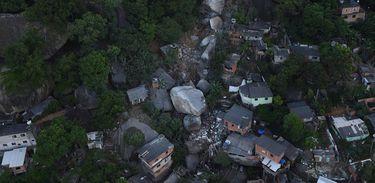 Deslizamento de pedra em Vila Velha