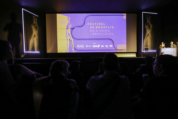 Cerimônia de abertura do 51º Festival de Brasília do Cinema Brasileiro, no Cine Brasília.