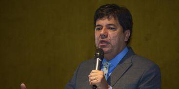 O ministro da Educação, Mendonça Filho, disse que o MEC discute um novo modelo para o Fundo de Financiamento Estudantil. A reformulação deve garantir a sustentabilidade do programa e ampliar o número de vagas ofertadas