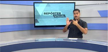 Intérprete de Libras Jhonatas Narciso apresenta o Repórter Visual