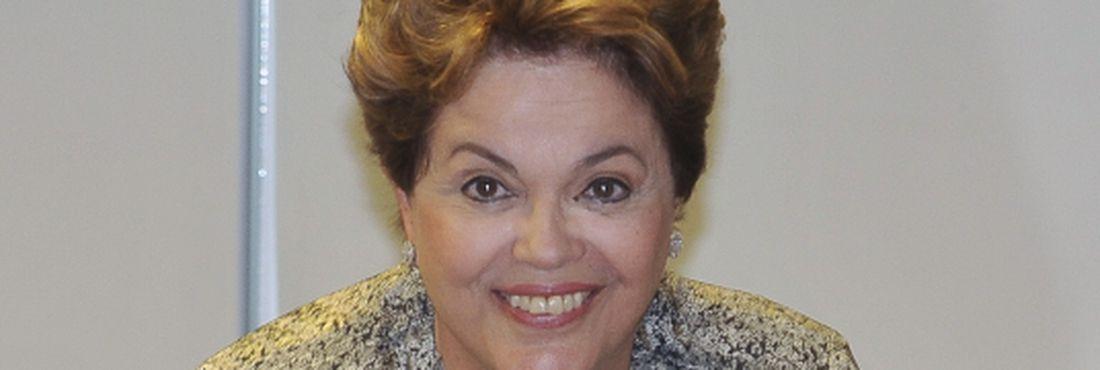 O fato de ter uma mulher na Presidência da República, também conta positivamente para a posição do Brasil no ranking