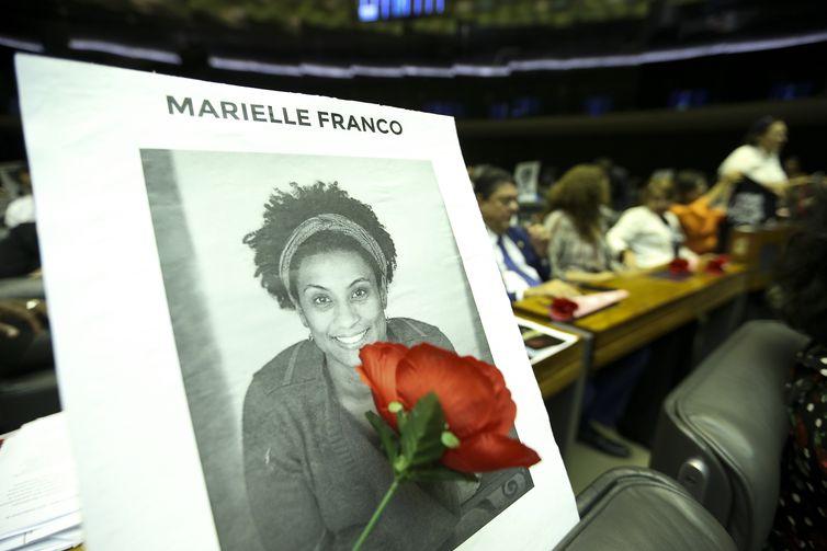 Brasília - Câmara dos Deputados realiza sessão solene para celebrar Dia Internacional do Direito à Verdade e prestar homenagem a vereadora Marielle Franco e ao motorista Anderson Gomes (Marcelo Camargo/Agência Brasil)