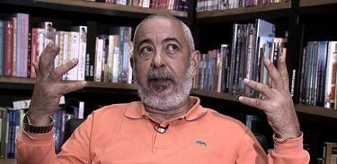 Leonardo Padura analisa relação das novas gerações com a literatura no Singulares