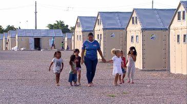 Crianças em abrigo oficial de imigrantes em Boa Vista - RR