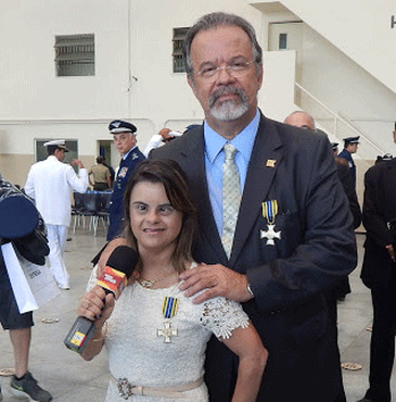 Fernanda Honorato e o ministro daDefesa