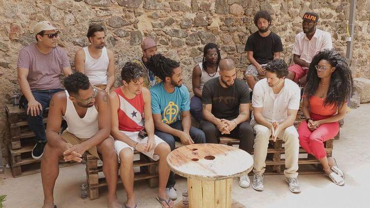Maurício Pacheco conversa com o grupo paulistano Aláfia