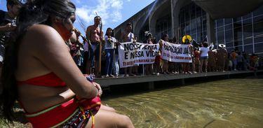 Indígenas de todo o país fazem mobilização pela demarcação de terras e garantia de direitos, na Esplanada dos Ministérios