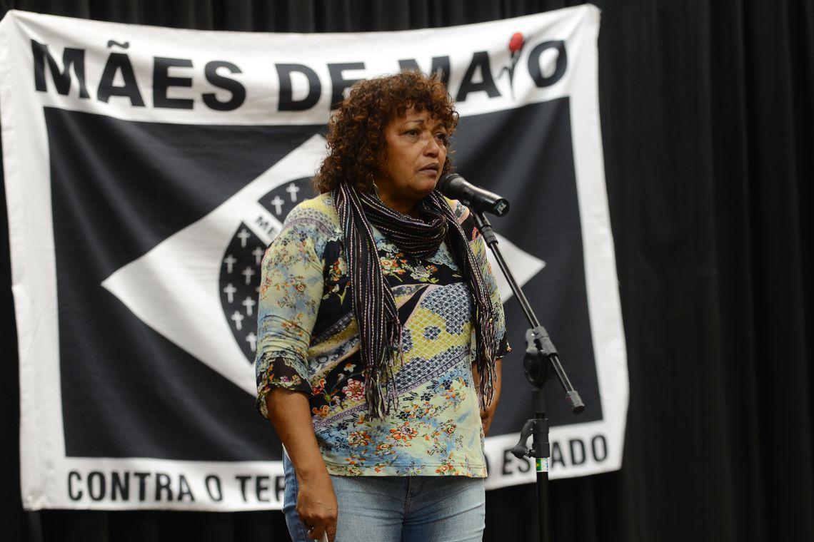 São Paulo - Debora Silva, do movimento Mães de Maio, na inauguração do Memorial dos Crimes de Maio e do Genocídio Democrático  (Rovena Rosa/Agência Brasil)