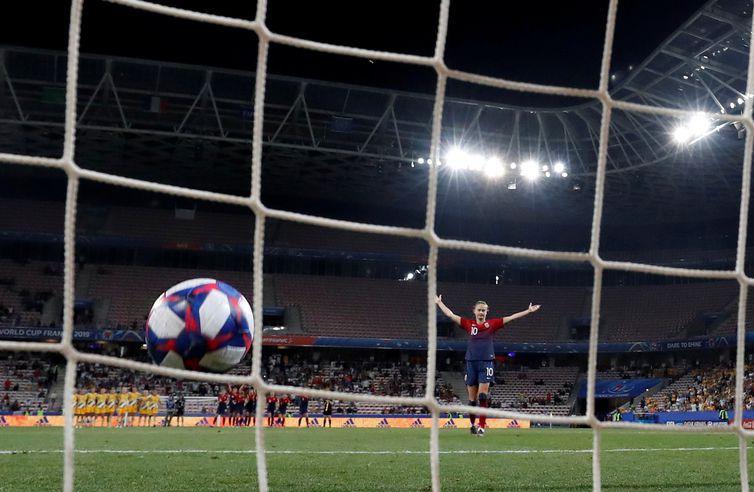 Noruega vai às quartas de final. Copa do Mundo de Futebol Feminino - França 2019.