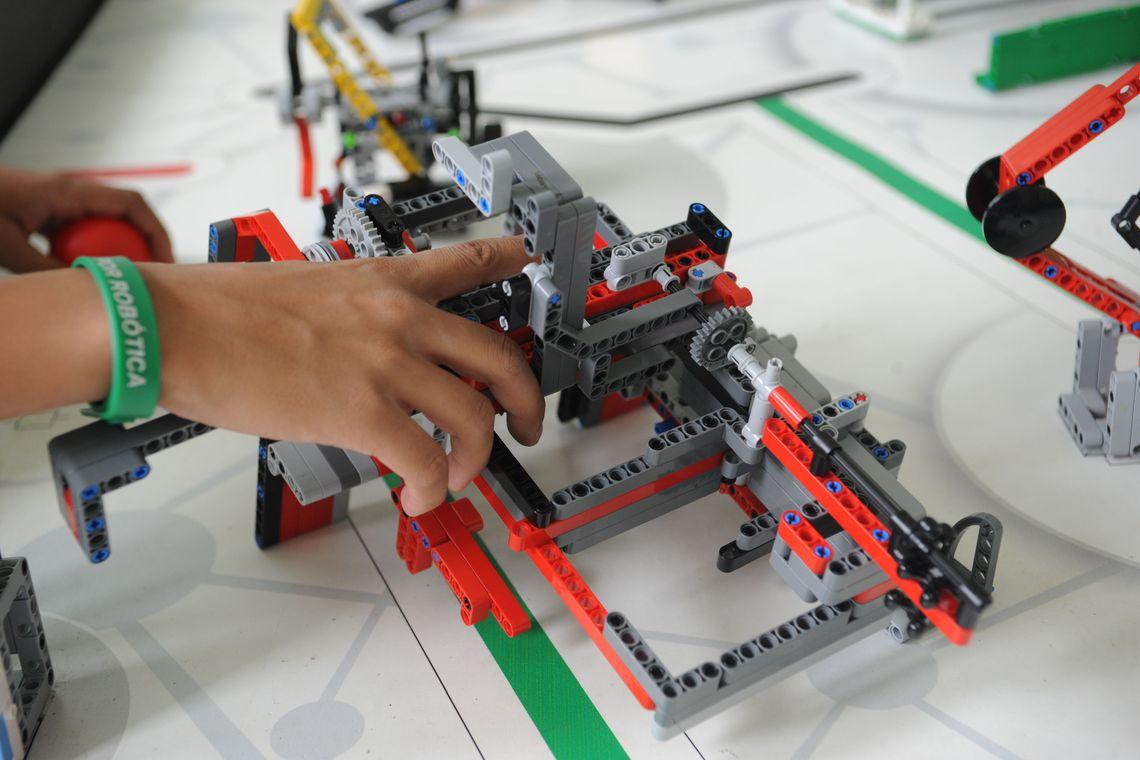 Começa hoje a etapa nacional do Torneio de Robótica First Lego League, que vai reunir 600 estudantes de 18 estados. A competição vai até domingo, no Centro de Convenções Ulysses Guimarães (Antonio Cruz/Agência Brasil)