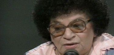 Cantora Aracy de Almeida é homenageada no Recordar é TV
