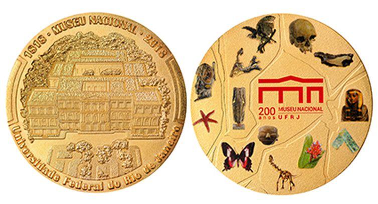 medalha comemorativa dos 200 anos do museu nacional