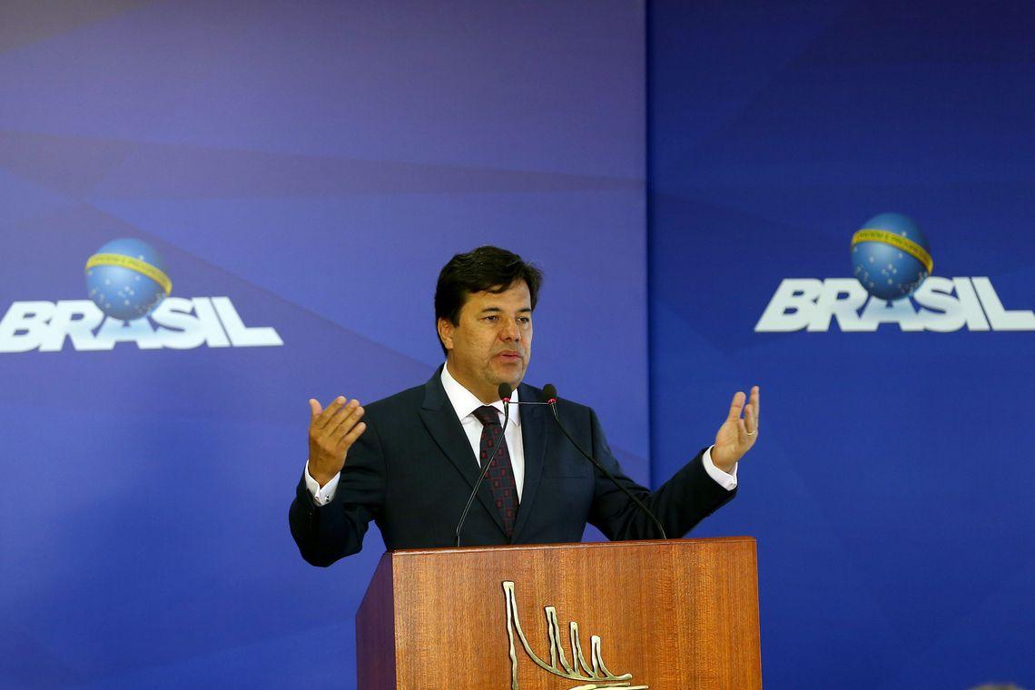 Brasília - O ministro da Educação, Mendonça Filho, discursa na solenidade de sanção da Lei do Novo Fies, no Palácio do Planalto (Wilson Dias/Agência Brasil)